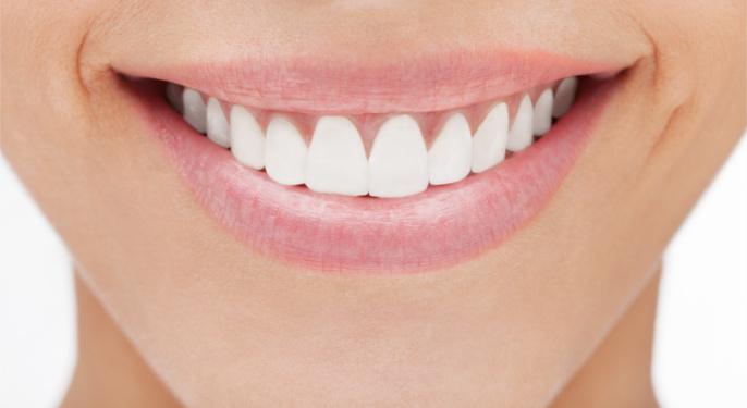 implanty zębów koszalin licówki koszalin